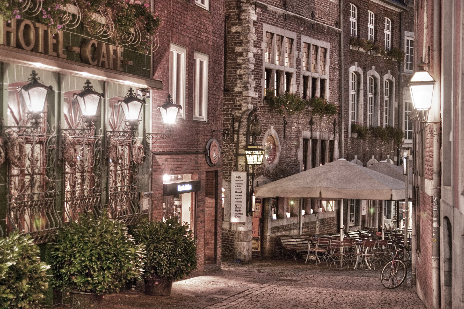 hotel_cafe