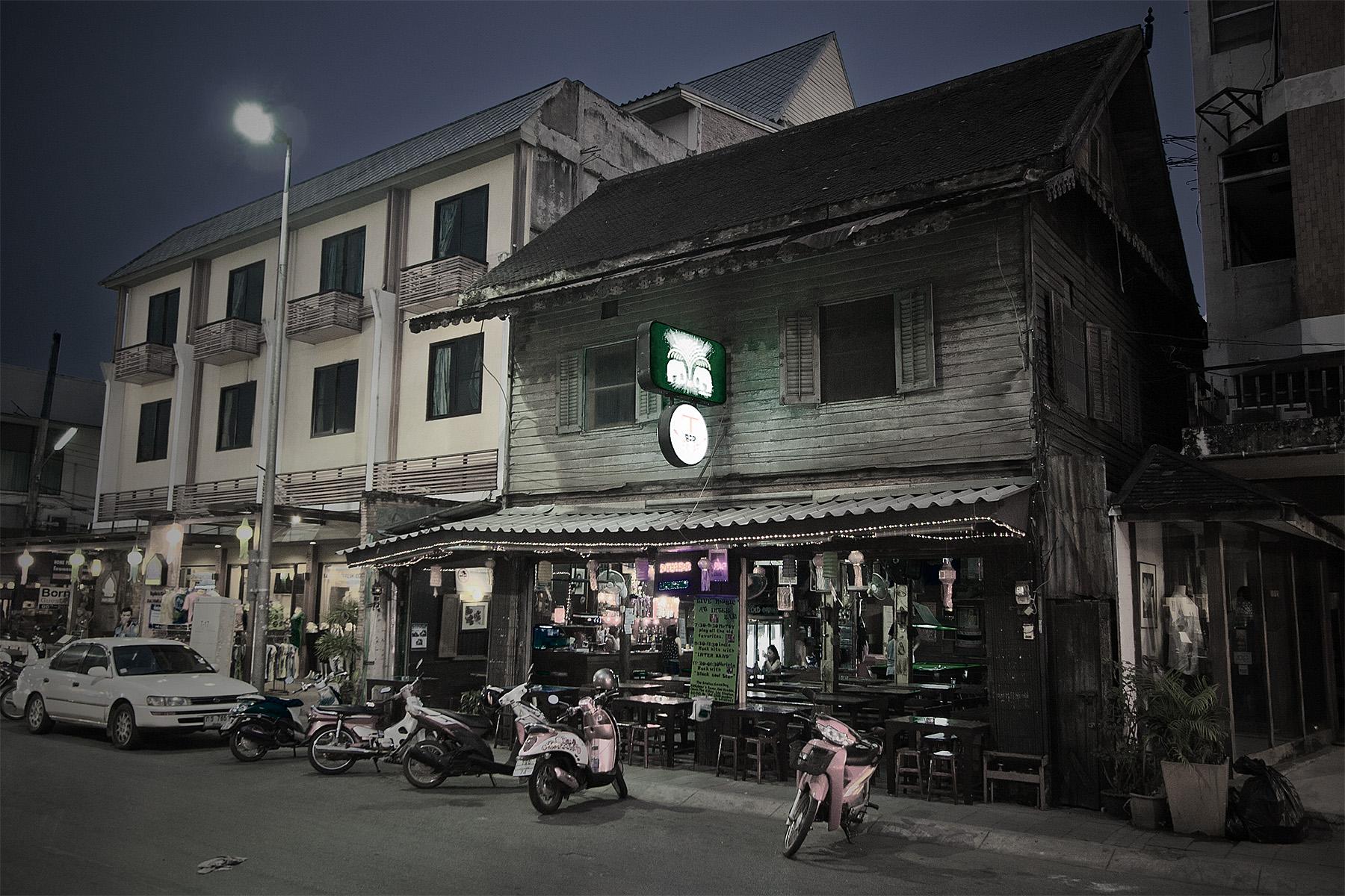 chiang_mai_bar