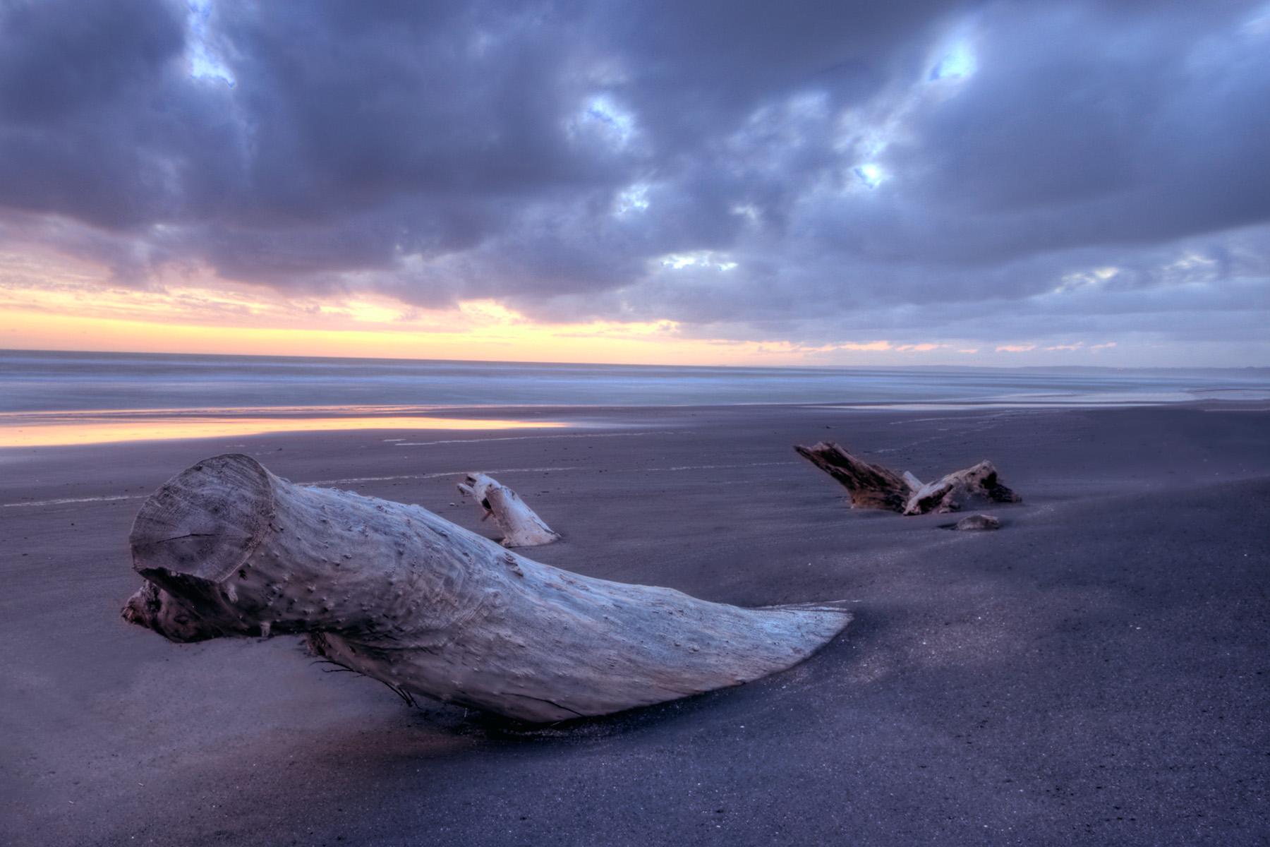 deserted_beach